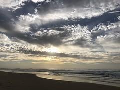 Light cloud (shanahands2) Tags: