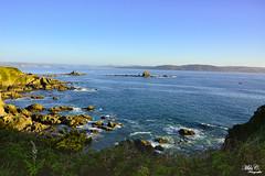 Ria de Ares...!! (Camelia-5) Tags: mar rocas islotes cielo coruña