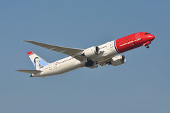 'DI17F' (DI7017) LGW-JFK (A380spotter) Tags: takeoff departure climb climbout gearinmotion gim retraction boeing 787 9 900 dreamliner™ dreamliner gckwc robertburnsscottishpoel norwegiancom norwegainairukltd nrs di di17f di7017 lgwjfk runway08r 08r london gatwick egkk lgw