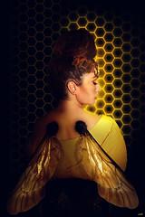 To bee or not to bee (KIKO ALCAZAR PHOTO) Tags: golden gold gente digitalart popart art photo colour surrealista cover ilustración poster eye retrato yellow fashion blue pink kikoalcazar bee honey actress