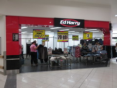Ed Harry Mount Barker closing down (RS 1990) Tags: edharry fashion menswear store shop closingdown administration sale adelaide australia southaustralia thursday 21st march 2019 mtbarker