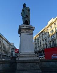 Milano (34) (pensivelaw1) Tags: italy milan statues trump starbucks romanruins thefinger trams cakes architecture