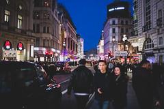 London (emmanuelbrossier.com) Tags: londres london united kingdom unitedkingdom royaumeuni uk england angleterre city ville travel voyage neverstopexploring night citylight nightphotography nuit street streetphotography
