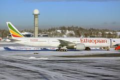 ET-ASL - OSL 2019 (Martin Third Av'n) Tags: norway oslo engm osl et etasl ethiopianairlines boeing boeing777 b777300 airliner widebody