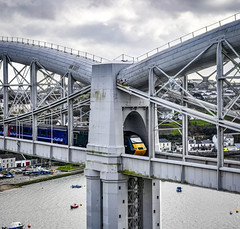 43092 on the Royal Albert Bridge (robmcrorie) Tags: 43092 43098 penzance paddington 1a85 tamar saltash river bridge brunel cornwall nikon d850 class 43 hst inter city 125 high speed royal albert