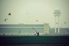 2014-11-15-132811 (Schmidtze) Tags: airport architektur berlin building farbe flughafen flughafenberlintempelhof gebäude stadt verkehr menschenleer