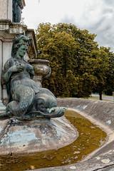 Je ne boirai pas de ton eau (Jean-Marie Lison) Tags: eos80d bruxelles laeken fontainedeneptune bronze