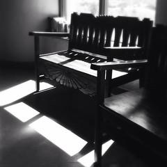 bench at the visitor center (johngpt) Tags: loftuslensblackeysextrafinefilmnoflash appleiphone5 heronlakestatepark bench window places hipstamatic losojos newmexico unitedstates us benchmonday hbm