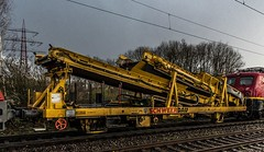 05_2019_03_17_Gelsenkirchen_Bismarck_1016_044_ÖBB_mit_SCHWEERBAU Bauwagen_und_6140_070_RCCDE ➡️ Herne_Abzw_Crange (ruhrpott.sprinter) Tags: ruhrpott sprinter deutschland germany allmangne nrw ruhrgebiet gelsenkirchen lokomotive locomotives eisenbahn railroad rail zug train reisezug passenger güter cargo freight fret bismarck db öbb rccde sieag 0077 1016 6140 6145 6185 6193 ecr setg schweerbau logo natur outdoor graffiti wolken