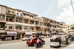 Phnom Penh's Street (Lцdо\/іс) Tags: phnompenh street capital citytrip city cityscape ville cambodge cambodia kambodscha kamboscha kampuscha khmer asia asian asie asiatique life voyage vacance vacation holiday travel trip discover explore
