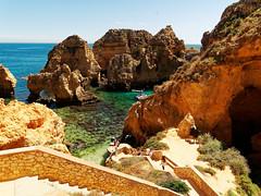 P1020279_DxO (orciel95) Tags: lagos algarve portugal océan mer sea eau water falaise rocher stone colors green blue vert bleue