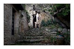 L'escalier (Jean-Louis DUMAS) Tags: stairs escalier pierre villagedefrance village puycelsi