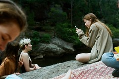 181220000248330013 (a_scouller) Tags: sydney bushwalking film 35mm friends