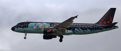 Brussels Airlines OO-SNB Tintin (Phil*ippe) Tags: plane airplane sky flight brussels airport kuifje tintin airlines