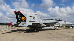 "Boeing F/A-18E Super Hornet of Strike Fighter Squadron 31 (VFA-31) ""Tomcatters""from NAS Oceana (Norman Graf) Tags: fa18 fa18e usn aircraft airplane 166776 cagbird 2017nasoceanaairshow airshow vfa31 navalaviation boeing fighting31 tomcatters aj100 attack cag carrierairgroup f18 f18e fighter hornet jet nasoceana plane strikefightersquadron31 superhornet unitedstatesnavy"
