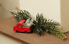 Christmas tree (kinmegami) Tags: christmastree christmas doll integrity toys miniature barbie roombox diorama 16