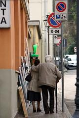 I will protect you (bejolino) Tags: elderly anziani vecchiaia amore love