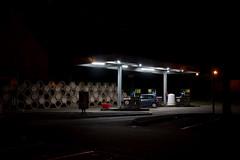 2018 Novembre - Lanester (Nuit)(2).005 (hubert_lan562) Tags: nuit ville lanester lorient station essence noir light lumiere voiture bretagne morbihan bzh black eclairage 56