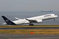 Luftansa Airbus A350-941 D-AIXJ (Mark Harris photography) Tags: spotting plane hnd haneda jpn aviation canon