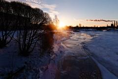 Oulu (Tuomo Lindfors) Tags: finland oulu suomi dxo filmpack auringonlasku aurinko sunset sun jää ice