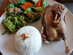 Crispy Duck of Bali (stardex2.0) Tags: duck crispyduck rice food yummy chilli spicy vegetable bali indonesia