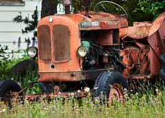 Tired old Nuffield 460 tractor 2018_659 (Archie Richardson) Tags: nuffield tractor