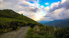 Chemin... Path... PSP**** (Isabelle****) Tags: chemin path psp ciel sky nuages clouds montagnes mountains soleil sun pratsdemollo pyrénéesorientales france
