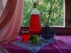 Напиток (lvv1937) Tags: натюрморт морс виноград яблоко стакан fooddrinksallovertheworld classicstilllifeart stilllifemypassionp1c2highqualityimagesonly