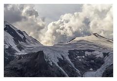 Massif II. (Anscheinend) Tags: alpen alps alpes alpi mountains snow glacier gletscher österreich austria tyrol tirol grosglockner nature landscape landschaft paysage paesaggio paisgem clouds sunset ocaso tramonto sonnenuntergang coucherdesoleil