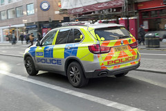 BX66HHS (Emergency_Vehicles) Tags: bx66hhs metropolitan police ftw armed response vehicle bmw x5 london