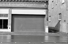 scan/film (ThroopD) Tags: ap100 d76 freshcleand76 onewaystreet busystreet f2 11dilution sevenminuten 55mm12 nkj nikkors 1969