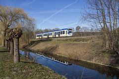 Voorburg maakt zich op voor de lente (Tim Boric) Tags: voorburg randstadrail alstom regiocitadis tram tramway streetcar strassenbahn interurban überlandbahn htm zoetermeerlijn