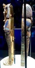 Cercueils canopes incrustés d'or de Toutânkhamon dédiés à Amset et Isis, 1336-1326 av. J.-C. (y.caradec) Tags: paris tutankhamon toutânkhamon tutanchamun france europe king tut tutenkhamon tutenkhamen tutankhaten tutankhamun tutankhamen nebcheperre ench amun anch tutanchamon tutanchaton tutenchamun tutanchamón ankh toetankamenarتوت عنخ آمونarzتوت امونasttutankamónazbتوت انخ ענח آمونuztutanxamonvitutankhamunwartutankhamunyiטוטאַנכאַמוןyotutankhamunzhminnantutankhamunzhyue圖坦卡門zh图坦卡蒙 expositiontoutânkhamonletrésordupharaon auxgrandeshallesdelavilletteàparisexhibitiontutankamuntreasuresofthegoldenpharaoh exposition le trésor du pharaon aux grandes halles de la villette à exhibition tutankamun treasures golden pharaoh тутонхомун ฟาโรห์ตุตันคาเมน тутанхамон توت آمون tutanxamon טוטאַנכאַמון 圖坦卡門 图坦卡蒙 תותענחאמון توتانخآمون توتعنخامون توتعنخآمون توتعنخآمون तुथंखमुन তুতানখামেন ਤੂਤਨਖ਼ਾਮੁਨ துட்டன்காமன் തൂത്തൻഖാമൻ ටූටන්ඛාමූන් 투탕카멘