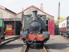 Didcot: Didcot Railway Centre (Oxfordshire) (michaelday_bath) Tags: didcotrailwaycentre didcot gwr greatwesternrailway 040st