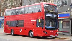 P1150456 VMH2588 LF19 FXO at New Broadway Uxbridge Road Ealing Broadway London (LJ61 GXN (was LK60 HPJ)) Tags: volvob5lhybrid mcv evoseti mcvevoseti 105m 10490mm metroline metrolinewest vmh2588 lf19fxo nb993