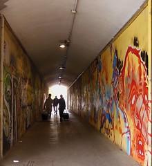 Sottopasso pedonale (Aellevì) Tags: galleria murale colori