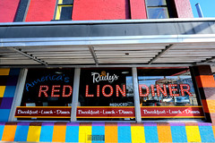 Cari's Red Lion Diner (dangaken) Tags: greatlakesbay gogreatlakesbay saginawbayregion greatlakesbayregion midmichigan tricities midwest usa michigan mi mich puremichigan winter michiganwinter cold ice snow 2019 baycitymi baycity fuji fujifilmxt2 closed outofbusiness