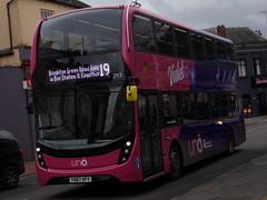 Uno ADL Enviro 400 MMC (ADL E40D) 293 YX67 VFV (Alex S. Transport Photography) Tags: bus outdoor road vehicle adlenviro400mmc enviro400mmc e400mmc e40d adltrident2 route19 route19branding uno universitybus 293 violet yx67vfv