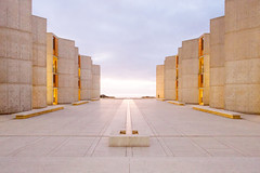 PB060843 (elsuperbob) Tags: lajolla sandiego california architecture modernism louiskahn salkinstitute concrete travertine sunset emptyspaces