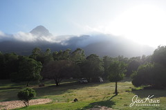 Last Morning (Jan-Krux Photography) Tags: jamaka cerderberge mountains berge gebirge westerncape westkap southafrica suedafrika afrika africa travel reisen camping camp clouds peak forest wald campplace campingplatz jeep cherokee sport 37l liberty tent zelt abenteuer adventure omd olympus em1mkii nature natur landscape landschaft morning frueh early day