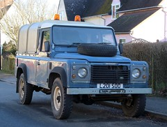 L201 SOO (Nivek.Old.Gold) Tags: 1994 land rover defender 110 tdi pickup aluminium canopy 2495cc