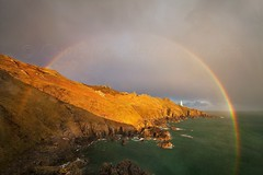 Glorious Rainbow - S T A R T   P O I N T (Twogiantscoops) Tags: glory rainbow startpoint lighthouse full devon seasons extreme weather canon lee filter circularpolariser 5d 1635mm goldenlight iplymouth