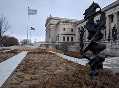 Shapes (ancientlives) Tags: chicago illinois il usa fieldmuseum museumcampus walking city history architecture museum art statues flags gardens saturday march 2019 winter
