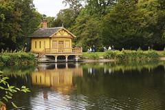 Belton house (dav1dwood) Tags: beltonhouse lake reflection yellow boathouse