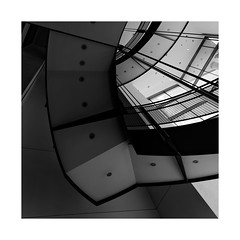 Staircase: Walter's Art Museum... (2) (roylee21918) Tags: baltimore city maryland walters art museum architecture staircase abstract monochrome blackwhite dxo photolab