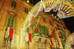 Valletta night street (DameBoudicca) Tags: malta malte マルタ valletta lavaleta lavalette lavalletta バレッタ night natt nacht notte nuit noche 夜 street gata strase calle rue strada 道