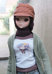Looking stylish (els82) Tags: smartdoll kurenai hijab