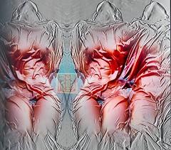 verhüllt 👀 (zinniart) Tags: vagina schöse brüste spiegeung rot sexy weib verhüllung stoff falten weiber
