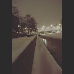 Filtered Snow (CaptJackSavvy) Tags: snow winter winterscenes winter2019 cambridgemassachusetts bostonmassachusetts boston massachusetts bridge river charlesriver lechmerecanalpark canal night nightscenes nightphotography filter
