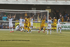 SUT_5134 (ollieGWK) Tags: sports football soccer sutton united v vs havent waterlooville league
